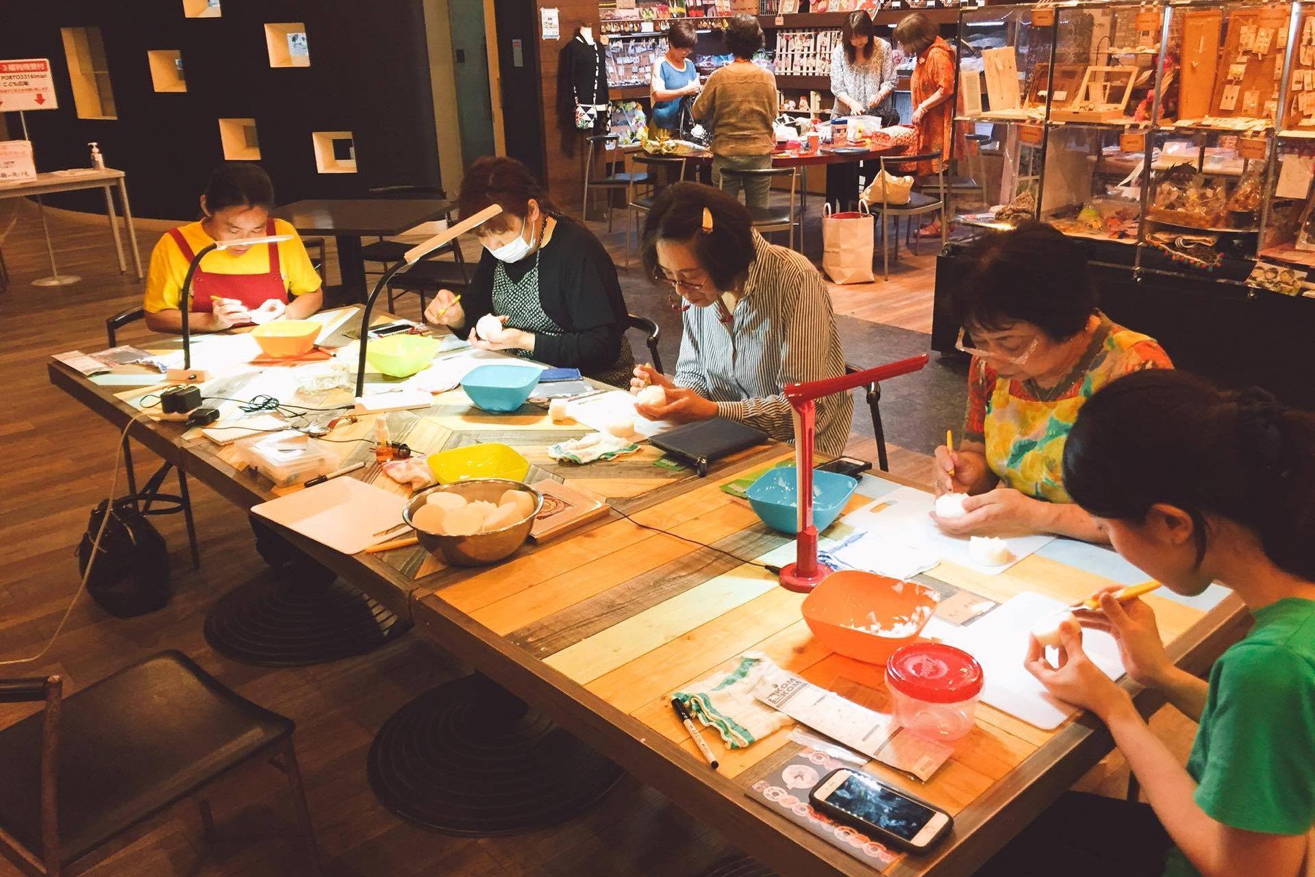 「伊万里菓舗うちだ」の大人気カービング講座が開催されます!