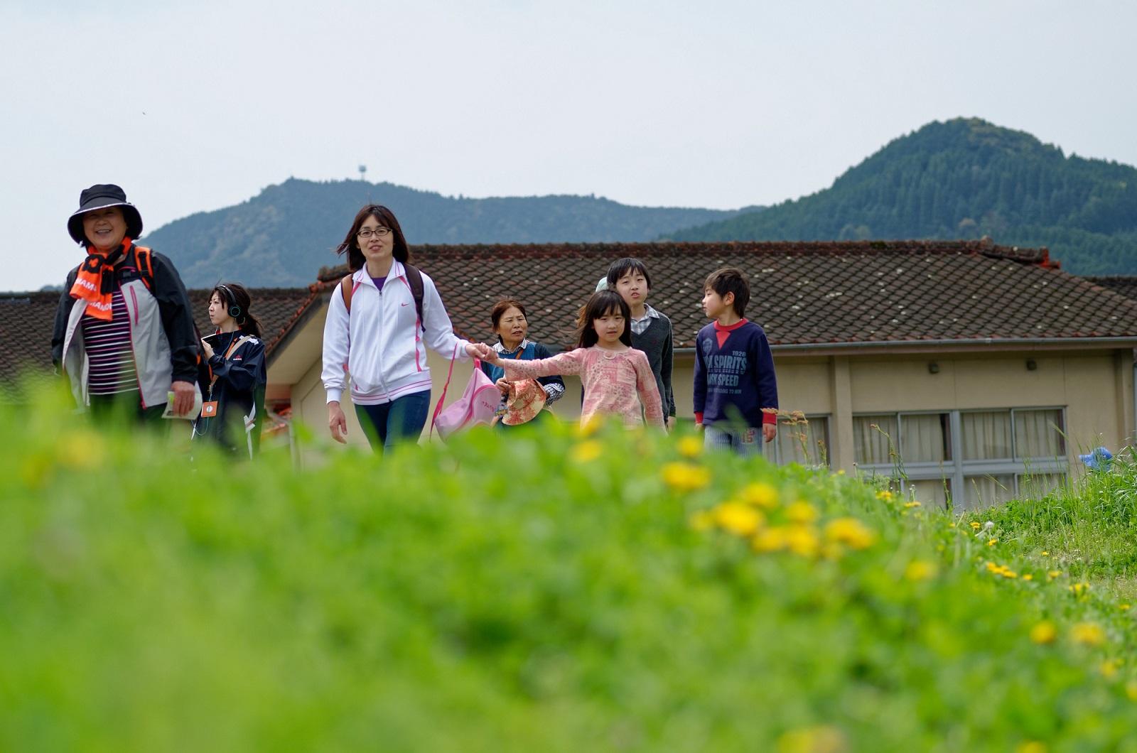 フットパスを楽しむ日帰りバスツアー『畑の中のレストラン』が佐賀県伊万里市で開催!!